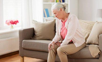 Jak je to s menopauzou a bolestmi kloubů?