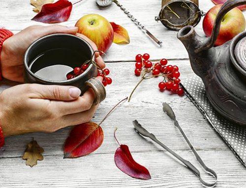 3 nejúčinnější bylinné čaje pro zmírnění příznaků menopauzy